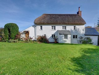 Comfortable Cottage in Kingsheanton with Private Garden