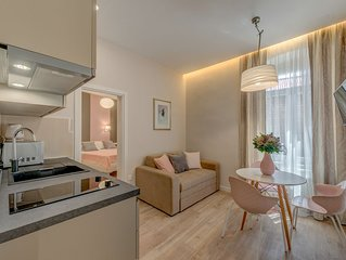 Stylish new apartment in the heart of city center