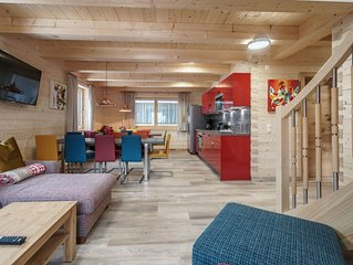 Chalet in Kaprun with Sauna, Jacuzzi, Terrace, Fenced Garden