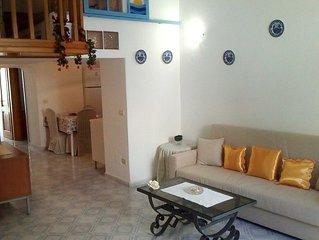 Accogliente appartamento situato nel cuore del centro storico di Ischia Ponte