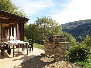 Detached holiday home with swimming pool in a gorgeous nature reserve