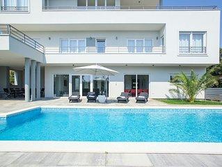 Elegant modern villa with seaview in Medulin
