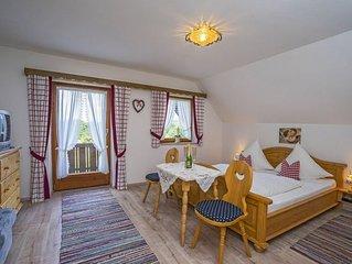 Ferienwohnung für 2-5 Personen, 3 Schlafzimmer, 2 Bäder, Alleinlage mit  Bergbli