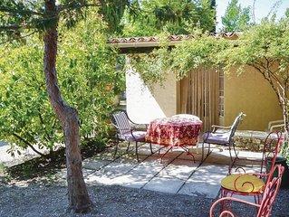 1 Zimmer Unterkunft in Crillon le Brave