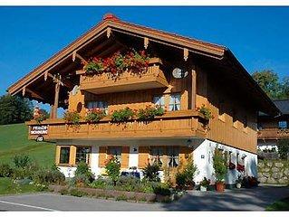 (3) Ein-Raum-Ferienwohnung 30qm, Dusche/WC, Kochnische, Balkon
