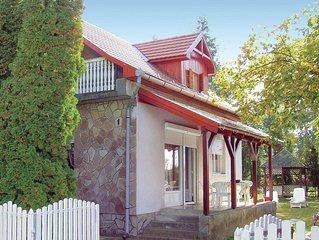4 Zimmer Unterkunft in Balatonkeresztur
