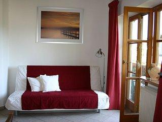 Ferienwohnung  65 qm 1 Schlafzimmer, 1 Wohnschlafraum  fur 2-5 Personen im OG