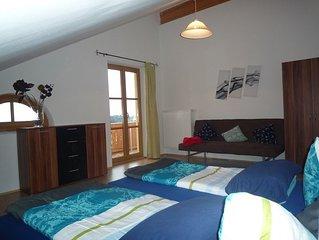 Ferienwohnung, 40 qm Dachgeschoss, Wohn- und Schlafraum kombiniert