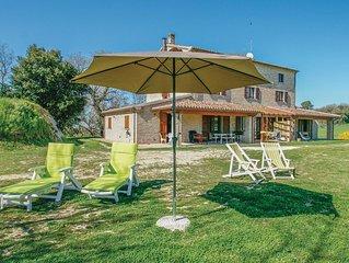 3 Zimmer Unterkunft in Pesaro