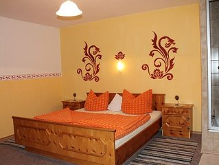 Ferienwohnung Rauschberg (59 qm) Balkon, 2 Schlafzimmer,  Kuche mit Sitzecke/Cou