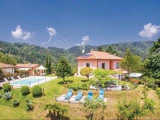 5 Zimmer Unterkunft in Pescia -PT-