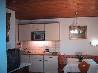 Ferienwohnung in idyllischer Lage mit Terrasse für 1-2 Personen mit  Bergblick