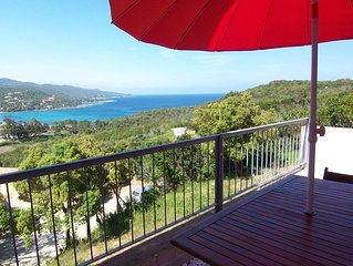 APPARTEMENT MORA - VUE MER - FAVONE- classe 2**