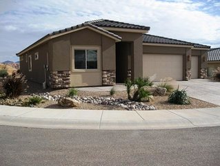 Beautiful Single Family Home! Great Views! Perfect For Your Getaway!