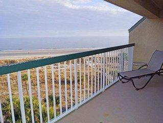 2 bedroom oceanfront in Palmetto Dunes-512 Barrington Arms