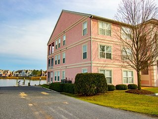 Yacht Club, 7402  - Waterfront, 2 Bedroom, 2 Bathrooms, Sleeps 5, Non Group Rent