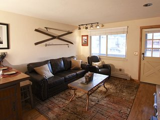 Hi Country Haus 13-15, Cozy Downtown WP 1BR, Walk to Everything!