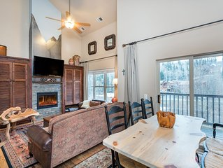Fabulous condo close to Chair lifts 1 and 10 in Meadows Area