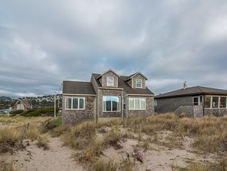 The Sunset #118 - Large comfortable beachfront home in Pacific City. Pet friendl