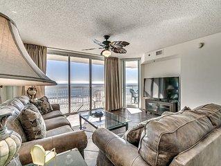 Crescent Shores, 3 Bedroom Beachfront Condo, Hot Tub and Free Wi-Fi!