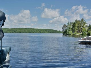 3 bedroom rental home is located on the shores of 2500 acre Nelson Lake.