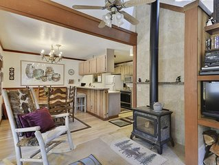 A Peaceful Squaw Valley Winter Getaway that Accommodates 7 People. Minutes from