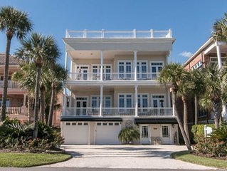 **Luxary  with Panoramic Ocean Views!***