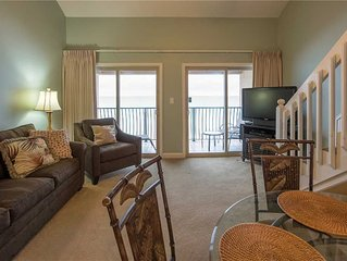 38- Quaint, family friendly, 3 story condo on the gorgeous EMERALD COAST! Coral