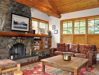 RMR: 5 bedroom Luxury Home in Teton Village! Walk to JHMR Tram + Free Fun!