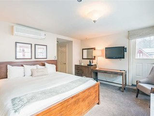 Flexible Cancellations - King Hotel Room With Balcony and Amazing Views