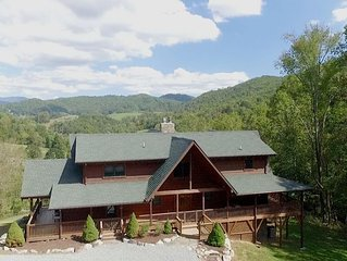 Mountain Splendor - Log Home with Hot Tub, great views, super private!