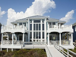 Surviving Stress: 6 BR / 3.5 BA home in Caswell Beach, Sleeps 18