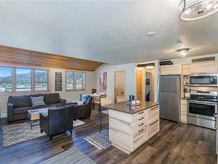Flexible Cancellations - Newly-Remodeled Two-Bedroom Mountain Modern Private Get