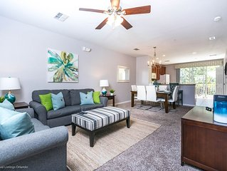 Beautiful & newly furnished 3BD town home located in the Vista Cay Resort!!!