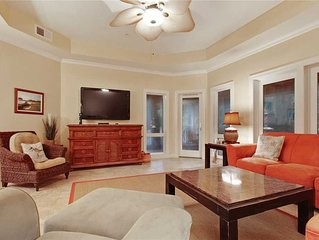 Beautiful oceanside villa complex that is just a short walk to the beach!