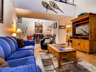 Great Mountain Condo! Ideal For Family/Friends!