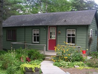 Acadia National Park - Cozy Country Cabin - Peaceful Retreat, linens included.