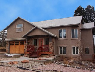 Luxury Home with Great views of Pikes Peak