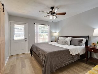Modern 3BR/2BA Townhome, Completely Renovated