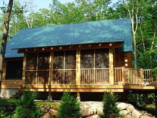 Serene Luxury Log Home Getaway 4 BR 3 BA