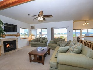 Perfect Country Getaway Surrounded by Mountains, Durango, Mesa Verde, Skiing!
