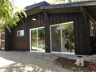 Romantic Vineyard Cottage Oasis*Writers/Creatives Paradise*Stunning Canyon View*