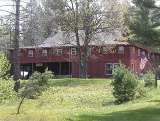 Bear Creek Lodge - Historic Riverfront Lodge on 120 Wooded Acres!