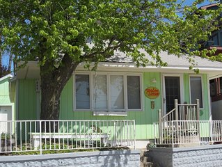 Key Lime Cottage. Fabulous Views!! 15 Second, Level Stroll to North Beach!