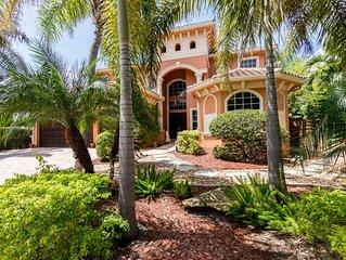 Modern  Luxury Home w/ Semi-Private Beach  Access, Pool