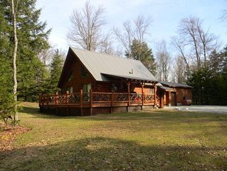 Immaculate Chalet in Old Forge with waterfront lot