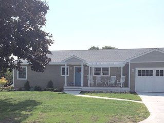 Completely rennovated Ranch home on the southern tip of Easton Point