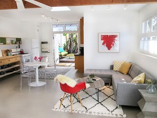 Santa Monica Canyon bungalow, artist loft in private compound, 2 blocks to beach