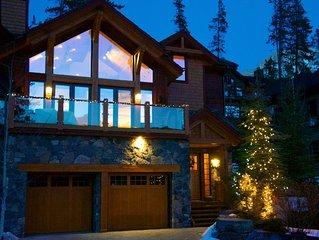 Luxury 4 Bedroom Mountain Retreat