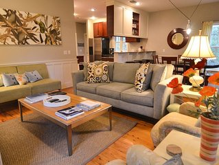 Family Friendly Home w/Private Screen Porch~Open Fall Dates 20% Off Per Nt Rate